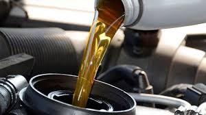 Quanto costa cambiare l'olio alla macchina